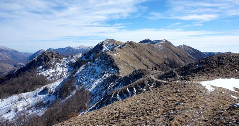 Le creste del Monte Pietroso e rifugio di Iorio